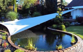 Sonnenschutz am Teich
